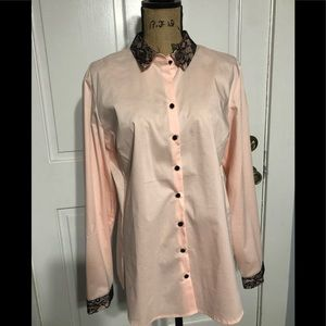 Women's NY &Co pink and black button up shirt